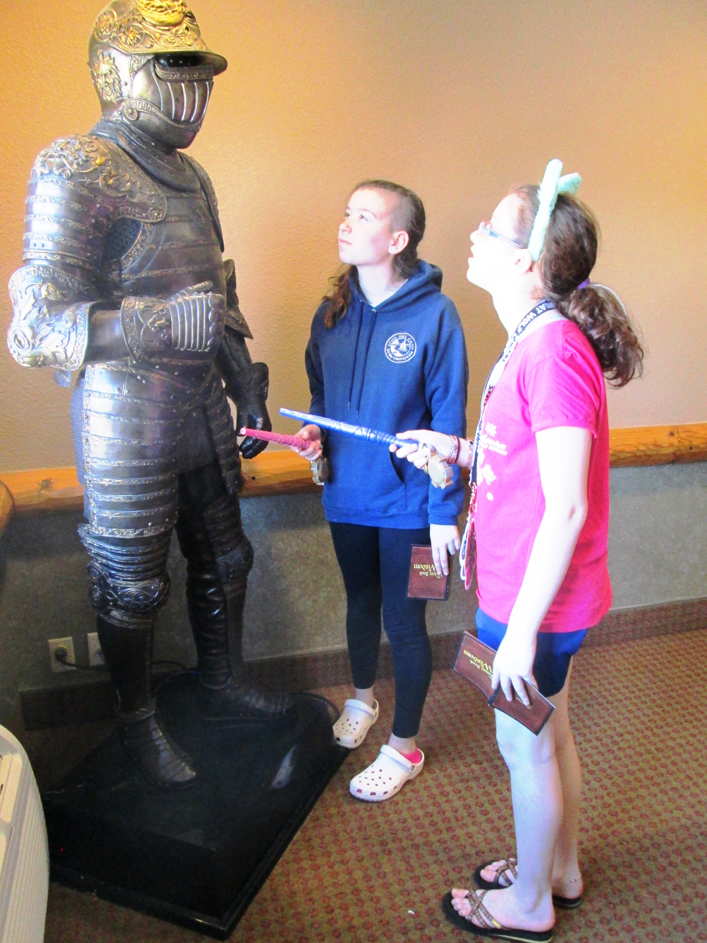 Dalya and Mollie meet the Knight