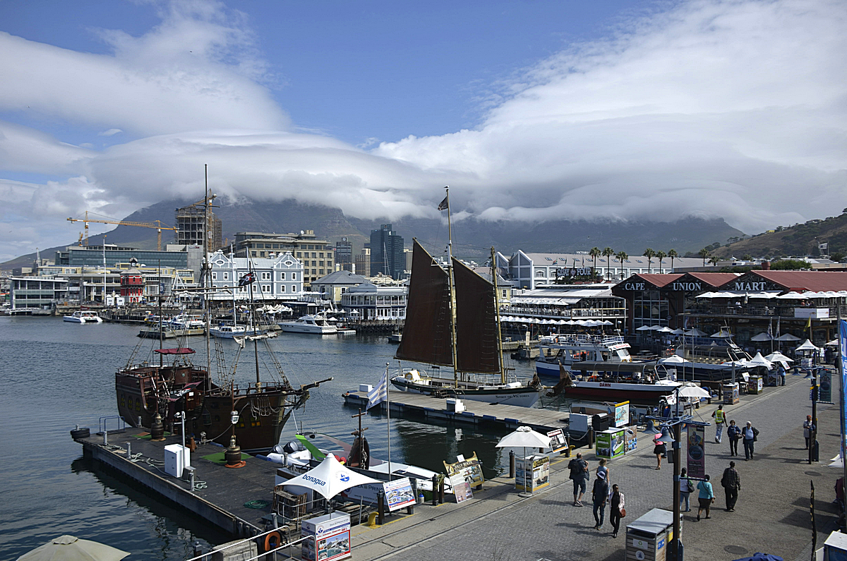 Victoria & Alfred Duncan Dock on Table Bay