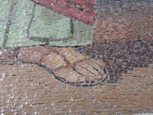 Close-up of the detail and size of each mosaic piece.