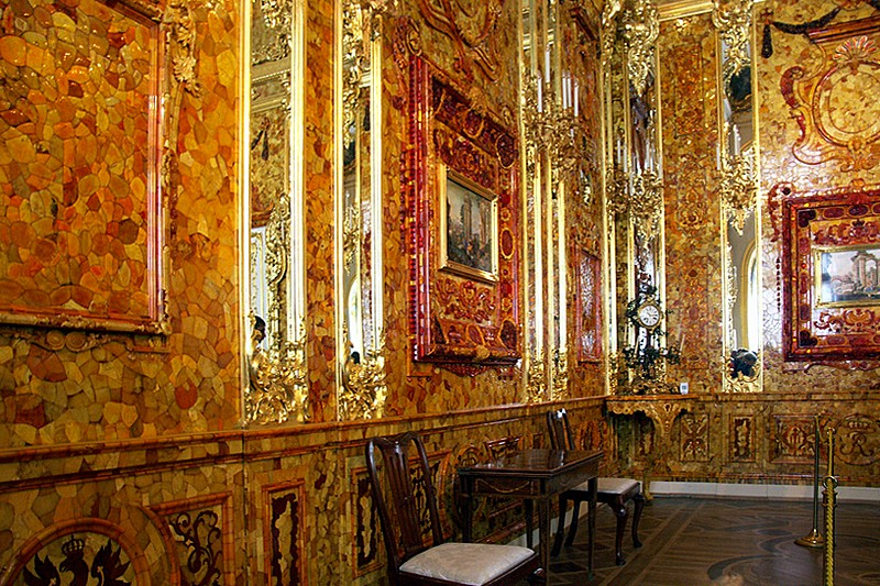 The Amber Room Photo courtesy of St. Petersburg website. Photos are not allowed in the Amber Room