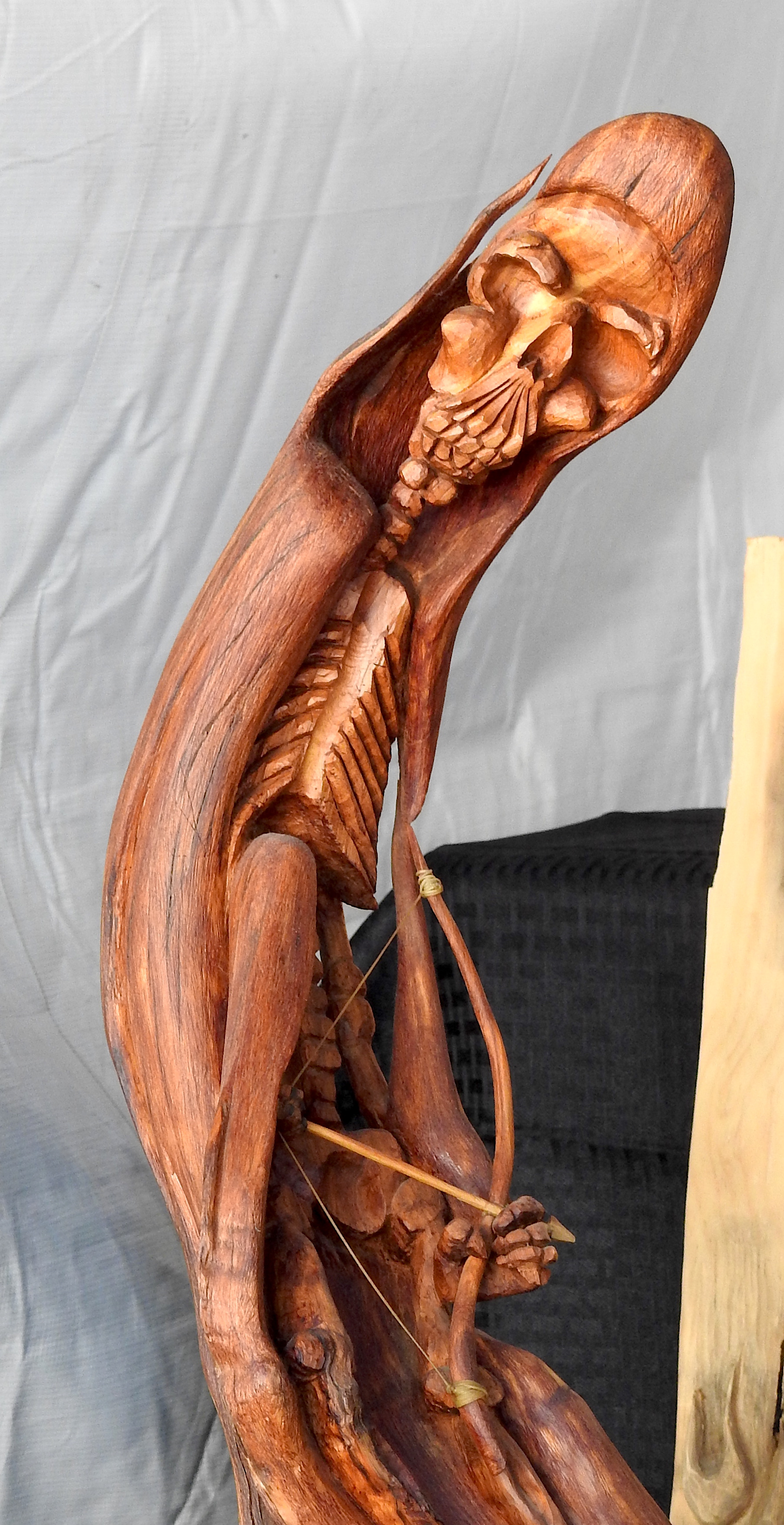 Bultos wood carving