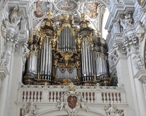 The largest cathedral organ in the world.