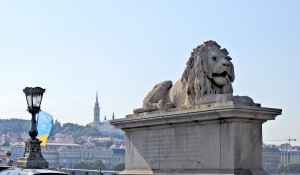 Lions guard the Chain Bridge. They were added three years after the completion of the bridge.