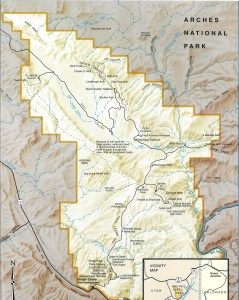 Map of Arches National Park. The blue dotted lines are the trails we explored with Adrift Adventures.