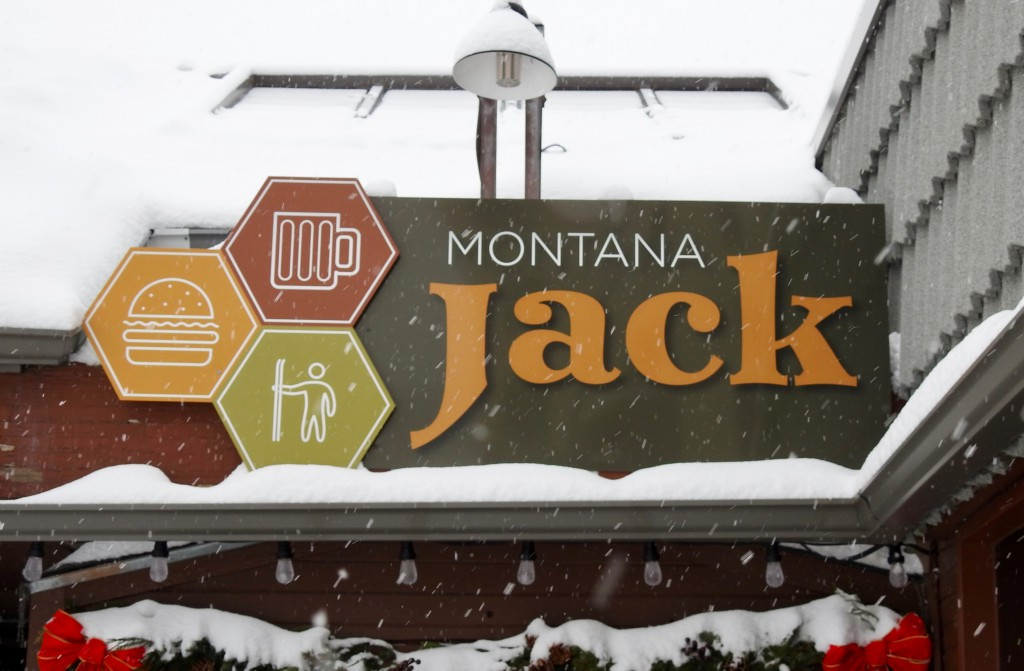 Montana Jacks serves great burgers and craft beer.